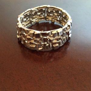CATHERINES Brick Layered Stretch Bracelet